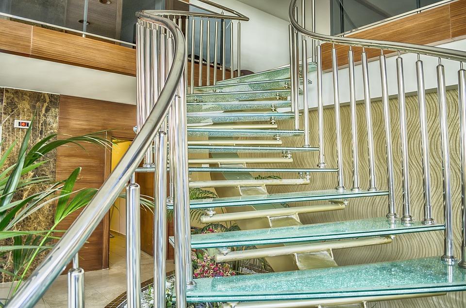 Sklenené schody