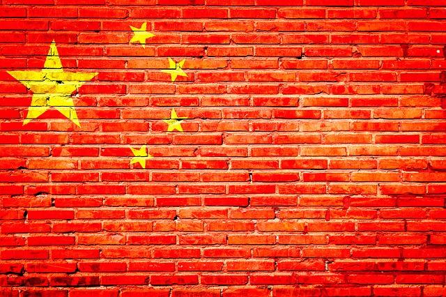 Čína v boji proti USA myslí aj na súperov biznis z turistického ruchu