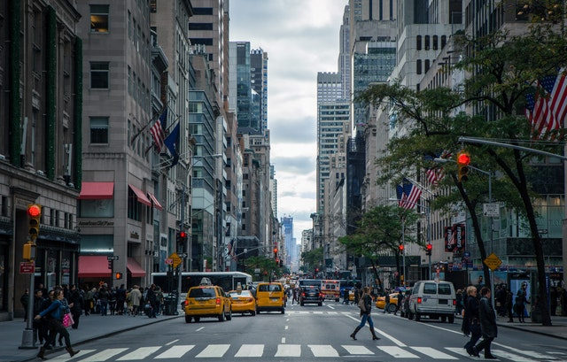 taxíky v meste.jpg